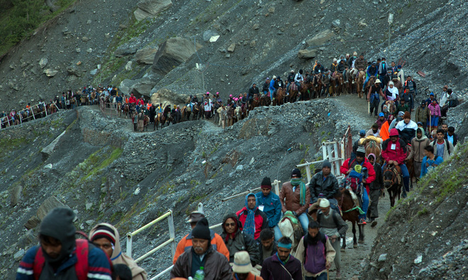 Hundreds of saints, devotees arrive at base camp for Amarnath Yatra